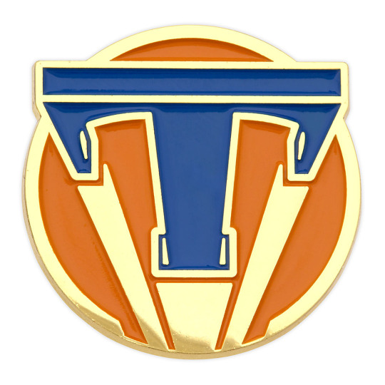 Tomorrowland_Pin_Orange