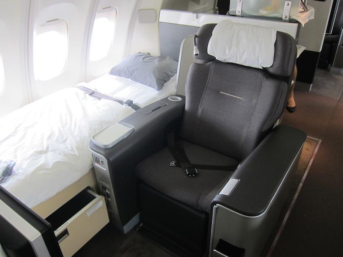 Lufthansa-747-First-Class-1